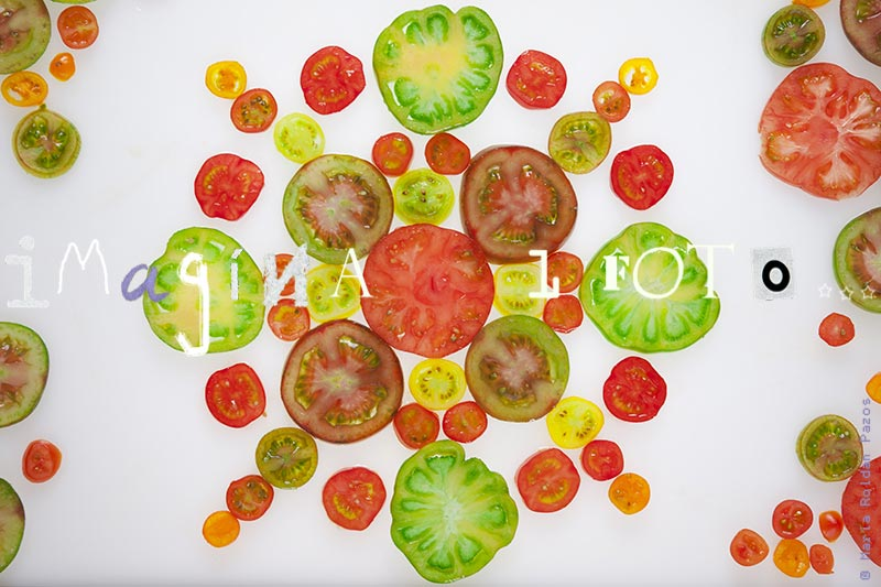 photo of slices of different Tomatoes